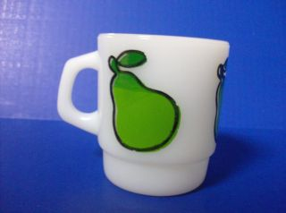 Vintage Anchor Hocking Fire King Milk Glass Super Fruit PEAR MUG