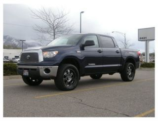 Toyota Tundra 2007+ 4WD/2WD 3 Front & 1 Rear Lift Kit (Fits Toyota