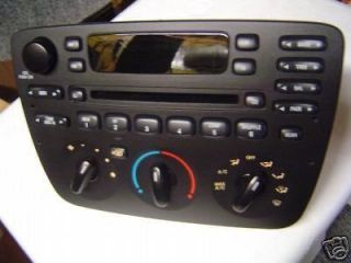 01 02 03 FORD Taurus MERCURY Sable Radio Stereo CD Player Temp Climate