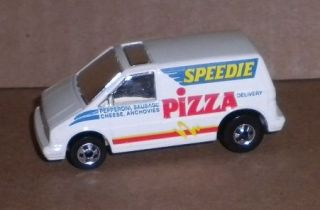Hot Wheels Ford Aerostar van Speedie Pizza no phone number BW 1991