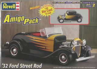 Revell Amigo Pack 32 Ford Street Rod Plastic Model Car Kit 1/24 Scale