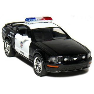 FORD MUSTANG GT 2006 USA STATE POLICE 1/38TH SCALE DIECAST MODEL CAR