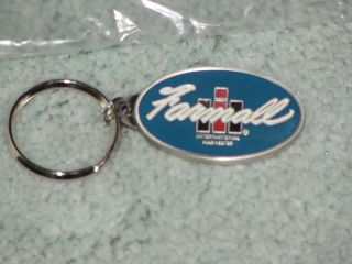 SPEC CAST IH FARMALL INTERNATIONAL HARVESTER METAL KEYCHAIN NEW