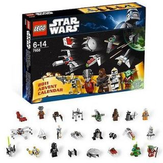 Lego STAR WARS Advent Calender #7958 2011 Santa Yoda Brand New