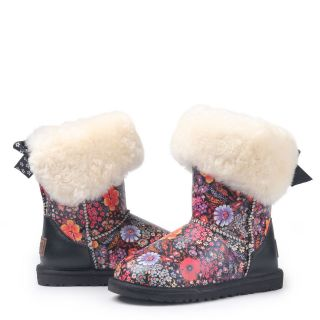 big and little kid s classic short sheepskin snow boots