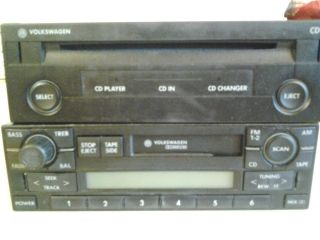 2001 2003 VW Jetta Passat CD and cassette player and radio tuner
