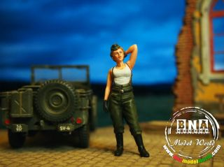 Aurora Model 1 35 WWII German Army Soldier 1947 Ver 4 Elise Metal ml