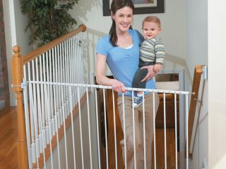Summer Infant Sure and Secure Extra Tall Baby Gate with Banister Kit