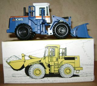 KWS 966E Wheel Loader 1 50 NZG 237 Cat Toy Blue Earth Mover