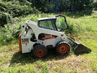 2009 Bobcat Skid Steer Loader S300 Only 301 Hours