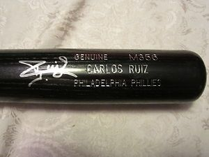 Carlos Ruiz Phillies 2009 Game Used Signed Louisville Slugger Bat M356