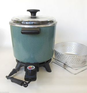 Dazey Chefs Pot Slow Cooker / Deep Fryer Crockpot DCP 6 used small
