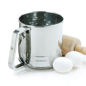 Professional Grade Stainless Steel Triple Screen 3 Cup Flour Sifter