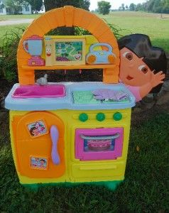 dora s talking kitchen dora the explorer fisher price