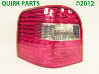 2005 2006 2007 Ford Freestyle LH Drivers Side Taillight Genuine