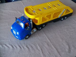 Chevron Cary Car Carrier Transporter Fun Cool Toys