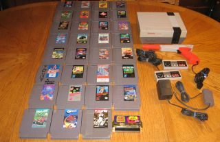 Nintendo NES System Bundle 32 Games Super Mario 1 2 3 Kid Icarus