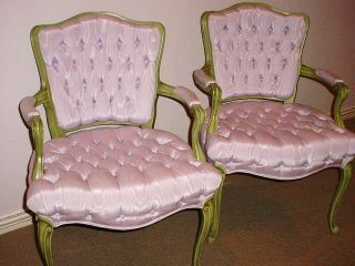 HOLLYWOOD REGENCY LAVENDER SILK LOUIS XV PAIR FRENCH BEDROOM? CHAIRS