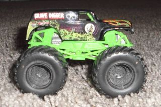 Grave Digger Monster Truck with Black Tires Rims