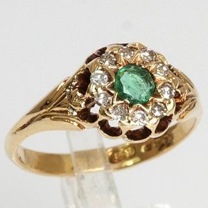 Art Deco 18k Yellow Gold .20 Carat Emerald & Diamond Antique Estate
