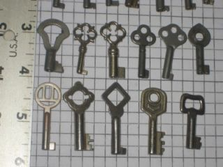 25 Antique Vintage Old Ornate Small Jewelry Box Lock Keys