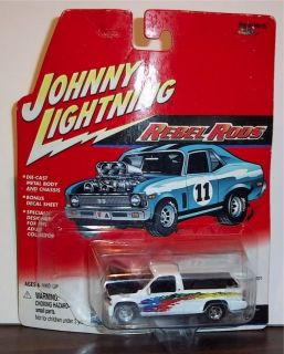 Johnny Lightning Rebel Rods 2000 Chevy Silverado