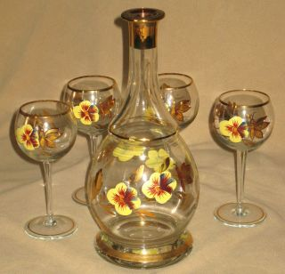 WINE DECANTER w MATCHING WINE GLASSES DECROTIVE MOUTH BLOWN CRYSTAL BY