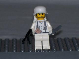 Lego Minifig WWII Winter German Soldier with Full Gear