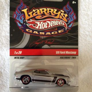Hot Wheels Larrys Garage Chase 69 Ford Mustang Real Riders RR Initials