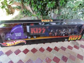 HOT WHEELS KISS Tour Haulers Rock Music Heavy Metal Semi Truck 1 64