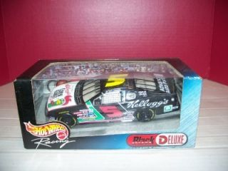 24 2000 Hot Wheels Racing Black Chrome Labonte 5