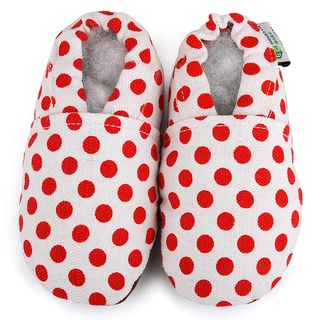 Red Dot Baby Soft Sole Canvas Shoe (White Pattern Red dotsMaterial Canvas upperSole Non slip soft leather Sizes Newborn to 6 months, 6 to 12 months, 12 to 18 months, 18 to 24 months Cotton liningRounded toeEasy on and offImported Childrens Shoe Sizing